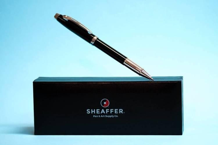 9338 RB Pióro kulkowe Sheaffer kolekcja 100, czarne, wykończenia chromowane
