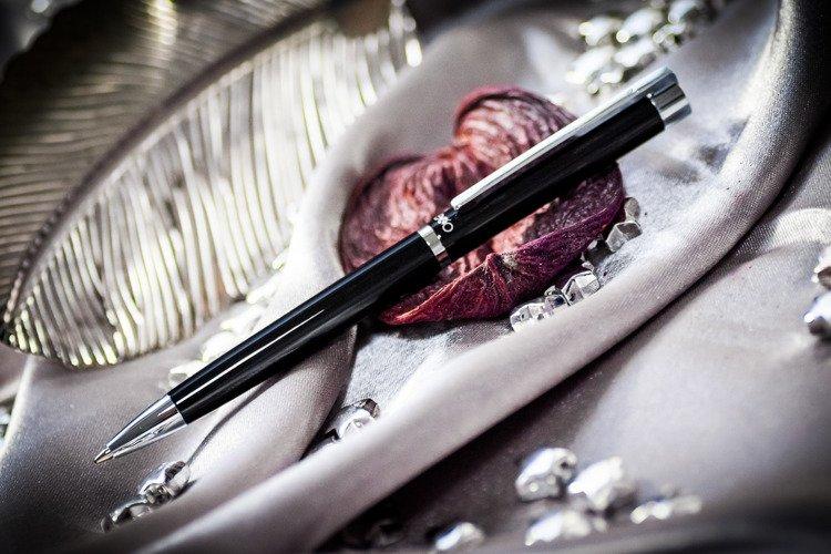 Długopis EXO Vela, czarny, wykończenia chromowane