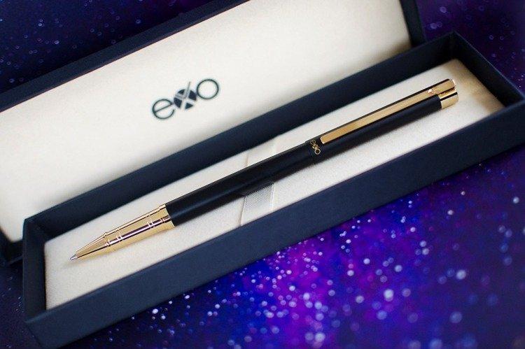Pióro kulkowe EXO Vela, czarny, złote wykończenia